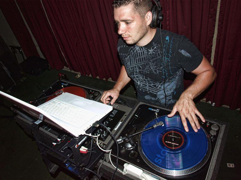DJ brian 1