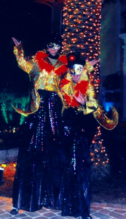 Mardi Gras Stilt Walkers 2_crop small